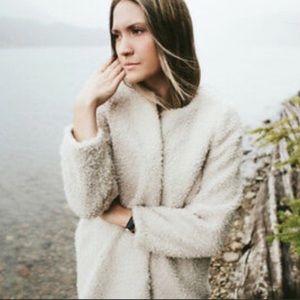 Aritzia Laboratoire teddy coat